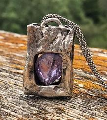 Paper bag pendant with an amethyst